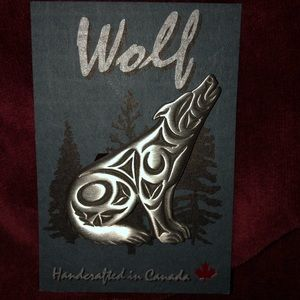 Pewter Wolf Pin